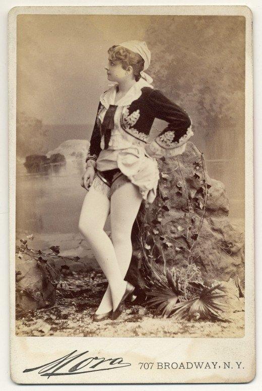 Playboy merginos... 1890-aisiais